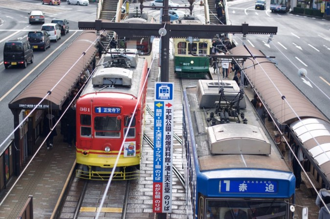 街中を走る路面電車